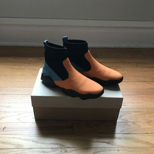CAMPER DUB ANKLE BOOT US W 9 / UK 39
